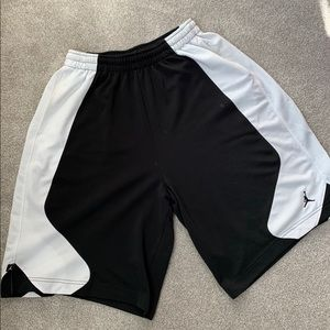Men's XL Jordan basketball shorts